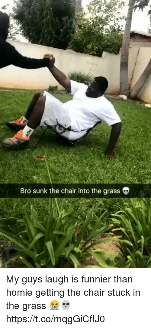 Grasse: Bro sunk the chair into the grass My guys laugh is funnier than homie getting the chair stuck in the grass 😭💀 https://t.co/mqgGiCfIJ0