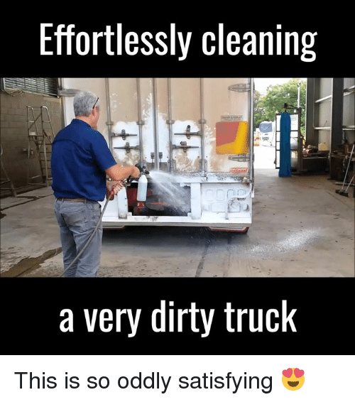 Oddly Satisfying: Effortlessly cleaning  a very dirty truck This is so oddly satisfying 😍
