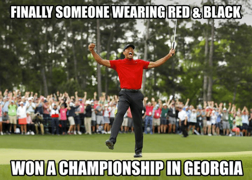 Nfl, Black, and Georgia: FINALLY SOMEONEWEARING RED &BLACK  WONACHAMPIONSHIPIN GEORGIA