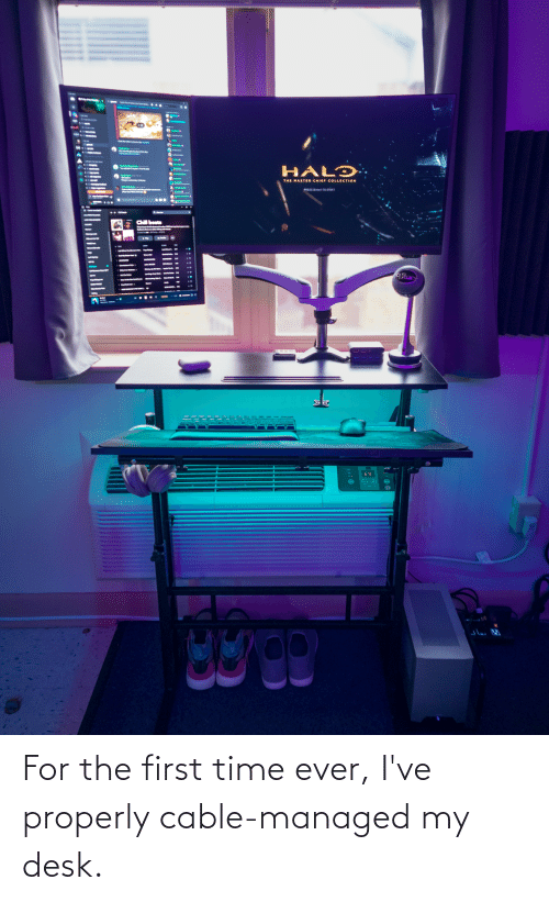 Chief Collection: Gelode  Ghateanre M&  HALƆ  THE MASTER CHIEF COLLECTION  PRESS (Enterl TO START  Chill beats  lue  69  111 For the first time ever, I've properly cable-managed my desk.