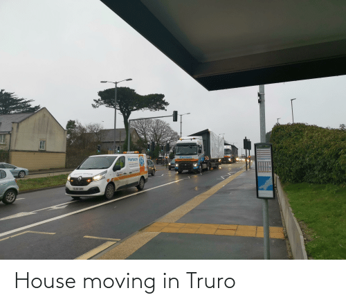 moving in: House moving in Truro