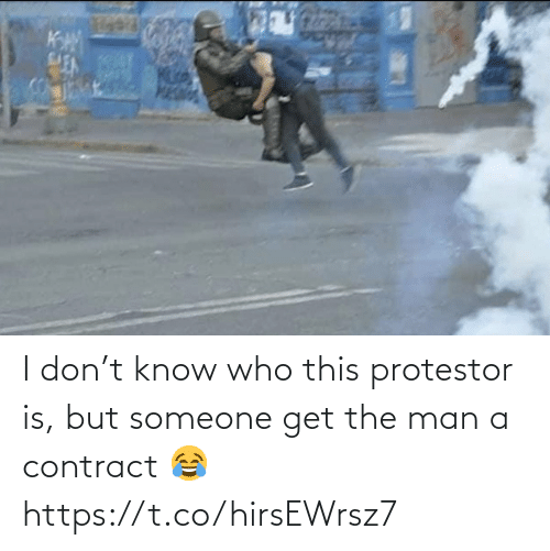 I Don: I don't know who this protestor is, but someone get the man a contract 😂 https://t.co/hirsEWrsz7