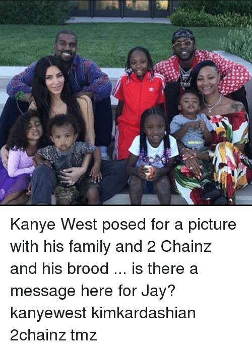 2chainz: Kanye West posed for a picture with his family and 2 Chainz and his brood ... is there a message here for Jay? kanyewest kimkardashian 2chainz tmz