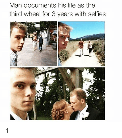 Third Wheels: Man documents his life as the  third wheel for 3 years with selfies 1