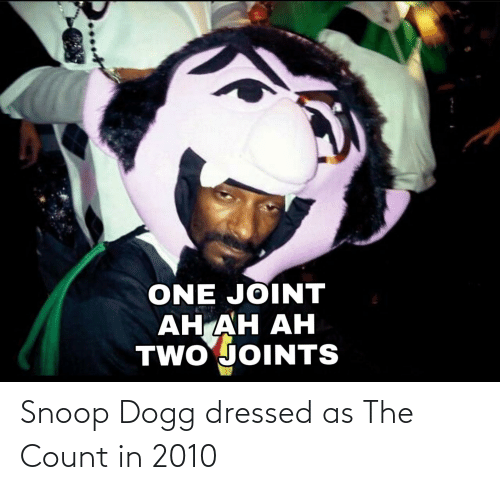 snoop dogg: Snoop Dogg dressed as The Count in 2010